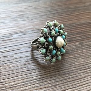 GORGEOUS Lucky Brand Pearl & Turquoise Ring